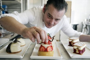 What is the Pastry Chef Job Description? » Baking Classes